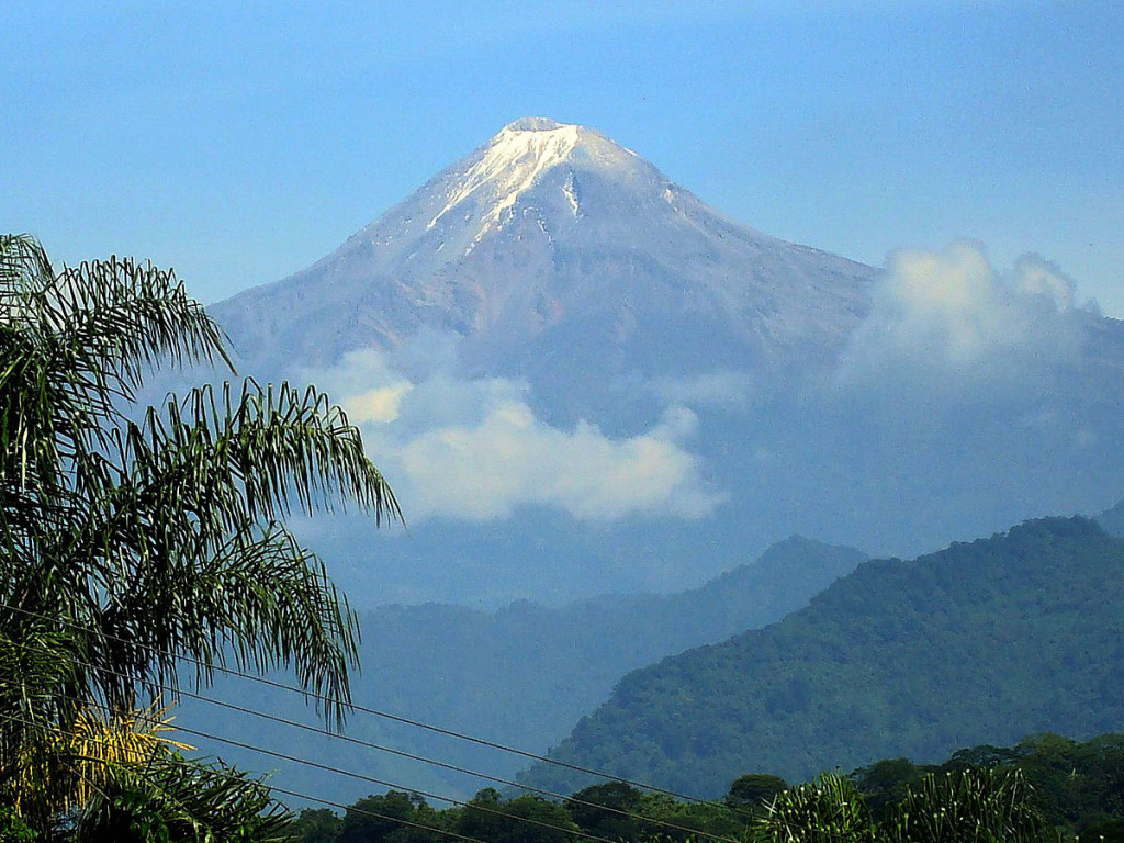 1200px-Pico_from_Fortin_2_enhanced2